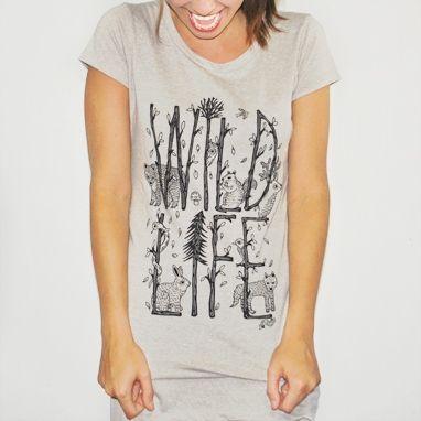 Camiseta feminina WILD LIFE, modelagem longa
