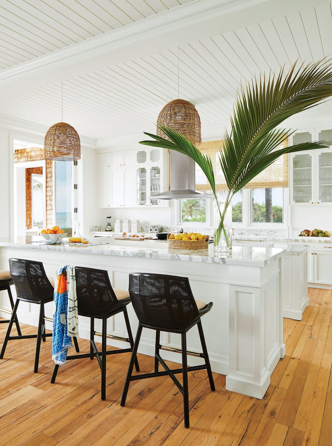 tour the bahamas beach house of your dreams coastal kitchens rh pinterest com