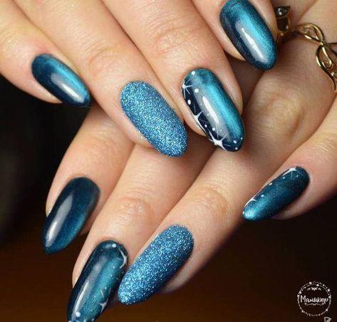winter nails designs  bright nail art cat eye nails