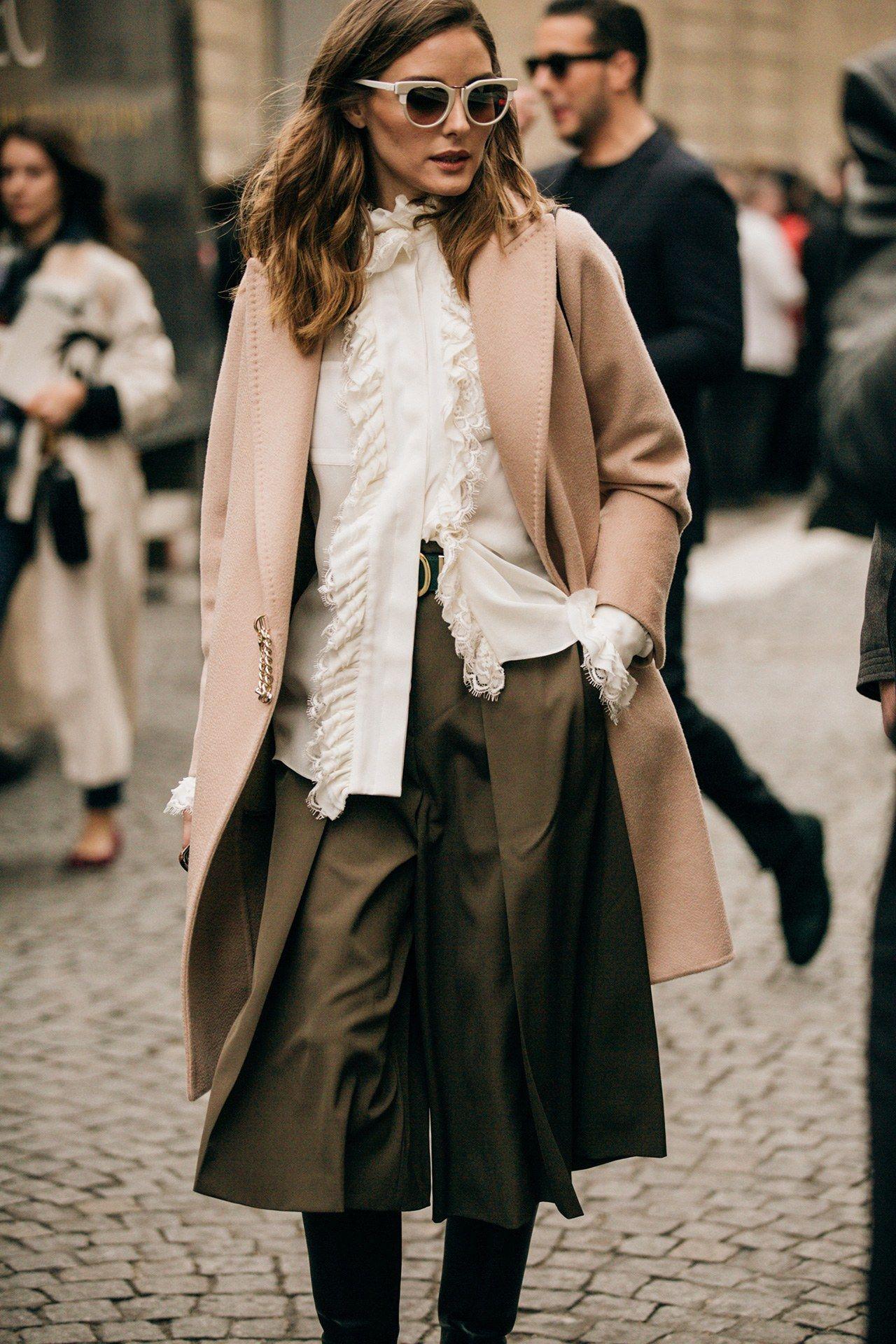 half off c4c46 1e12c Street Style: look e tendenze alla Paris Fashion Week ...