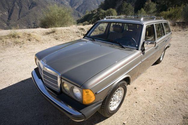 mercedes motoring 1983 300td turbo diesel station wagon aut k rh pinterest com