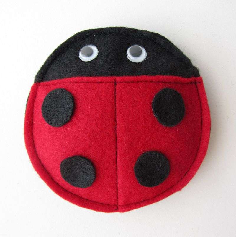 These Ladybug Bean Bags Were A Hit At My Daughter S 4th Birthday Party Not Only Are They Fairly Simple And Inexpensive To Make B