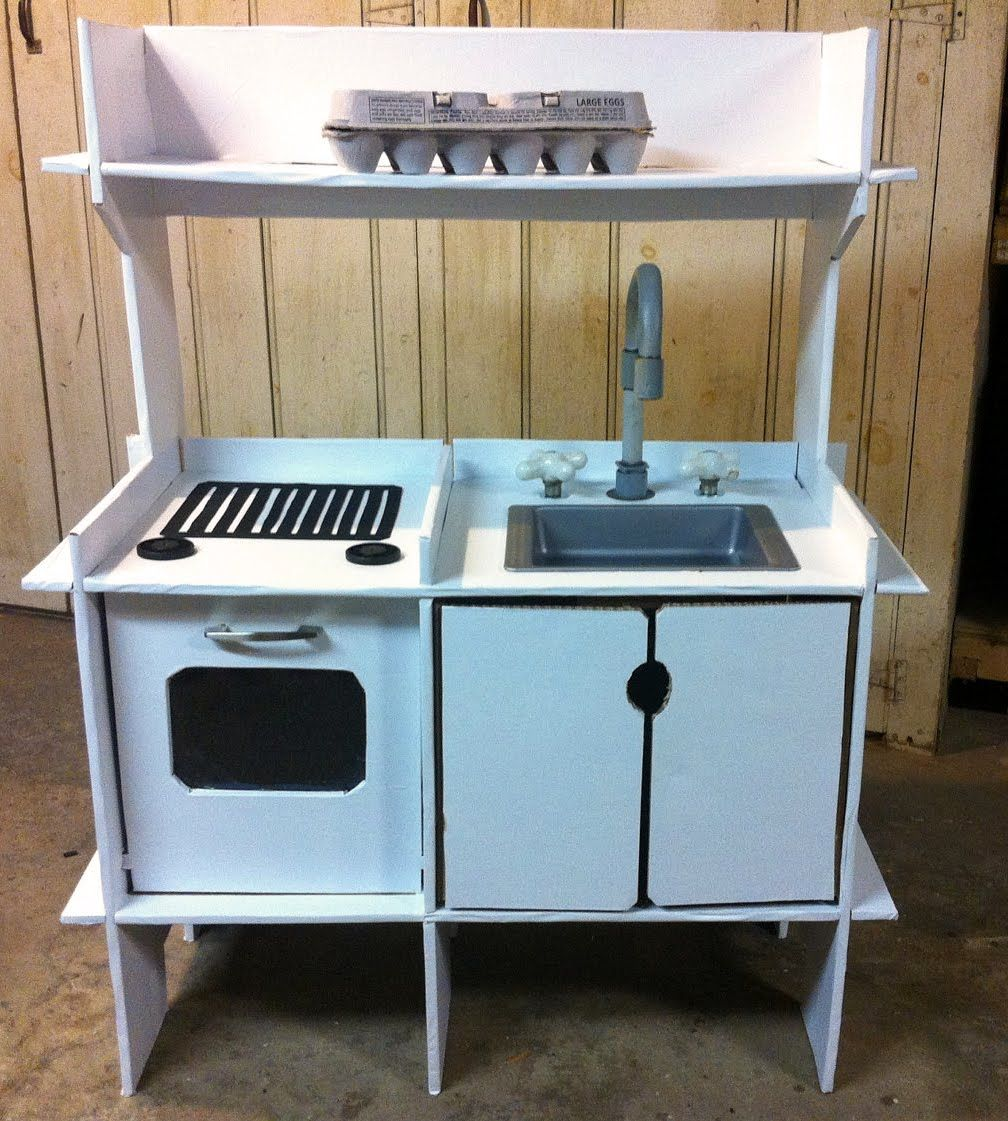 believe it or not children s play kitchen made of old cardboard rh pinterest com