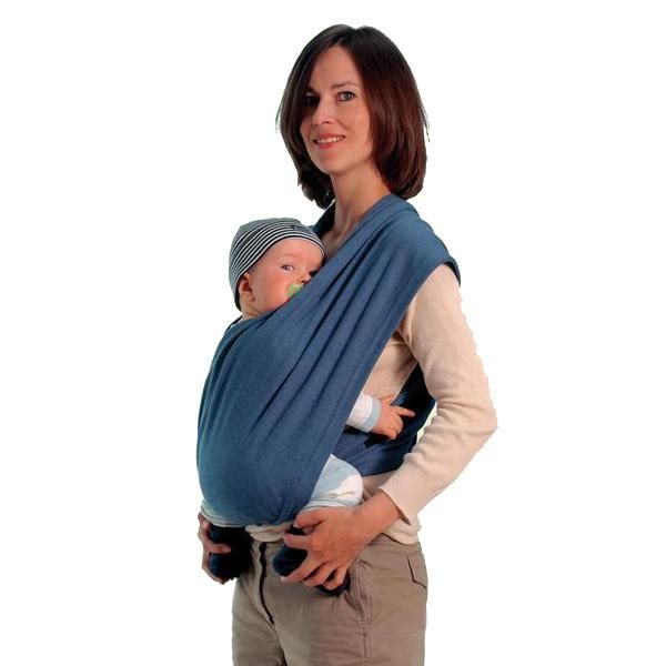Dos lazos puestos en cruz, y ya está listo el pañuelo cargador, sin nudos, sin estrés. Tanto si eres delgada/o o corpulenta/o, el CarryBaby  se adapta de forma perfectamente a cualquier tipo de espalda con su sistema de cierre de cremallera, cómodo para el padre / de la madre y el niño. El tejido de algodón es  fino, muy elástico y soporta perfectamente el peso del bebé.Datos técnicos  Tamaño: aprox. 70 x 36 cm (2 x)Peso: aprox. 0,8 kgCapacidad de carga: máx. 15 kg