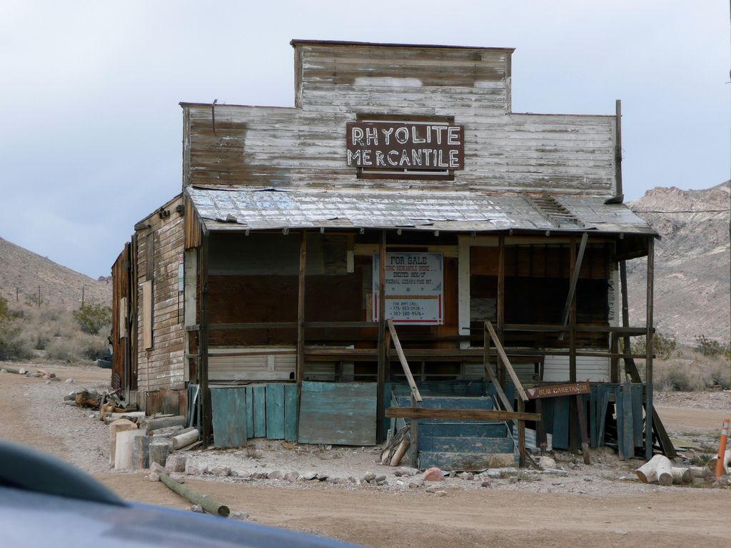Goldfield Bottlehouse044 Jpg Bottle House House Styles Favorite Places