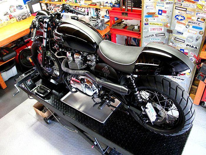 "The Bullitt: Canyon Motorcycle's ""Super Bonnie"""