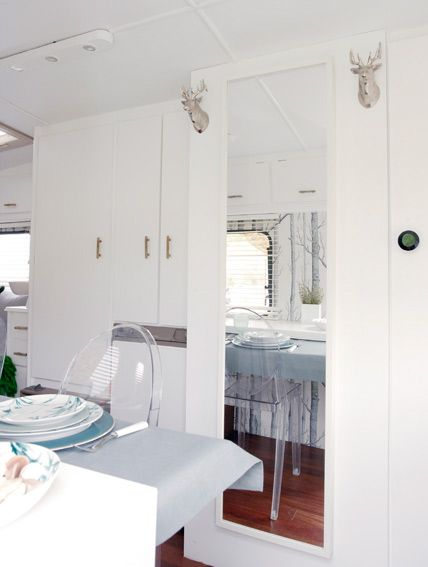 Kitchenette Trailer Decorating Small Apartments Furnished Apartment