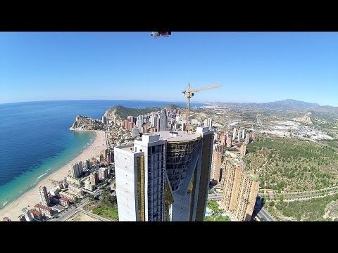 ▶ Intempo Twin Towers vuelo - YouTube