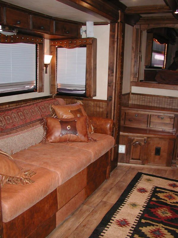 Living Quarter Horse Trailer Interior Options