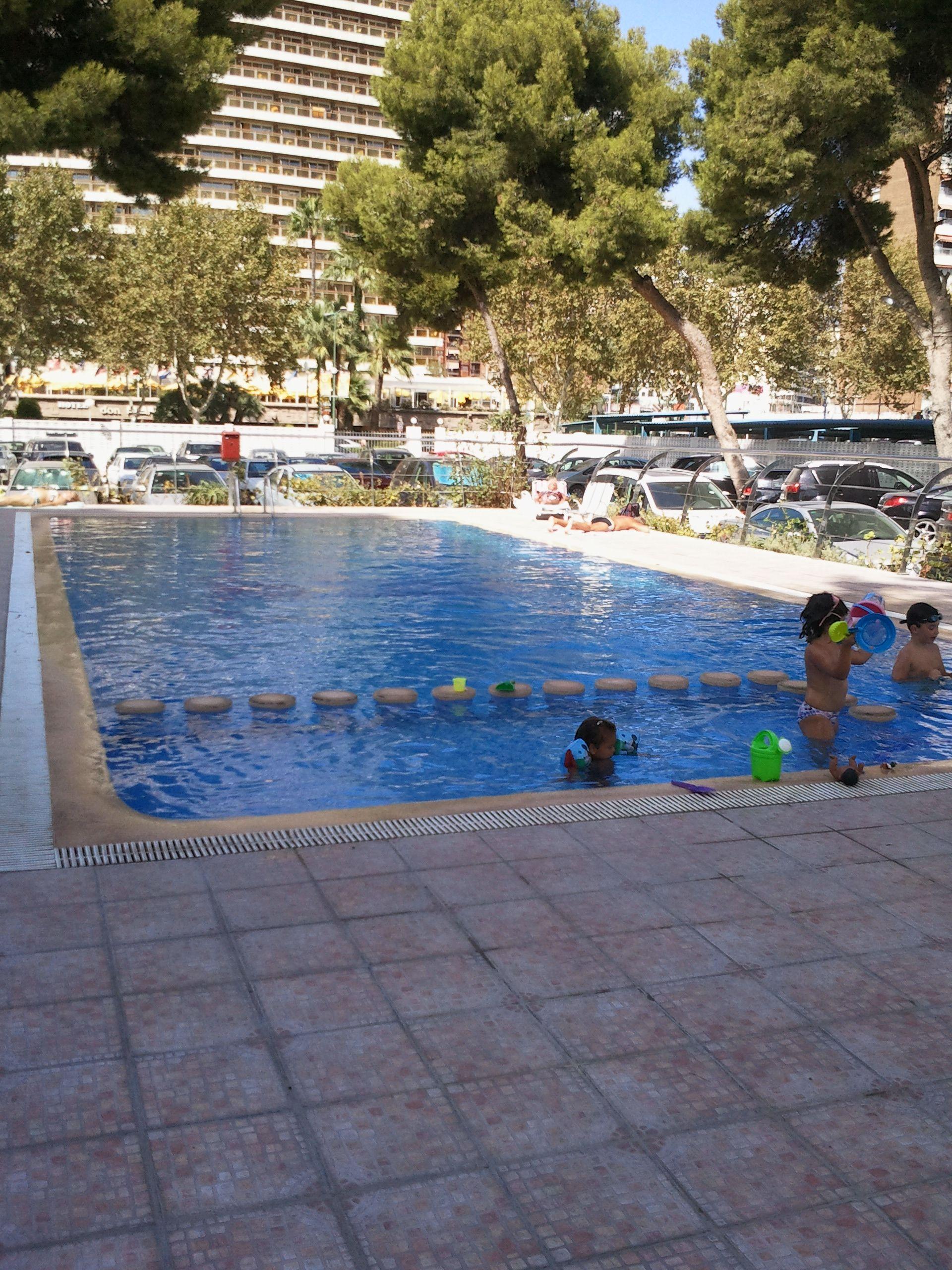 Fantástica piscina del Edificio de las Damas