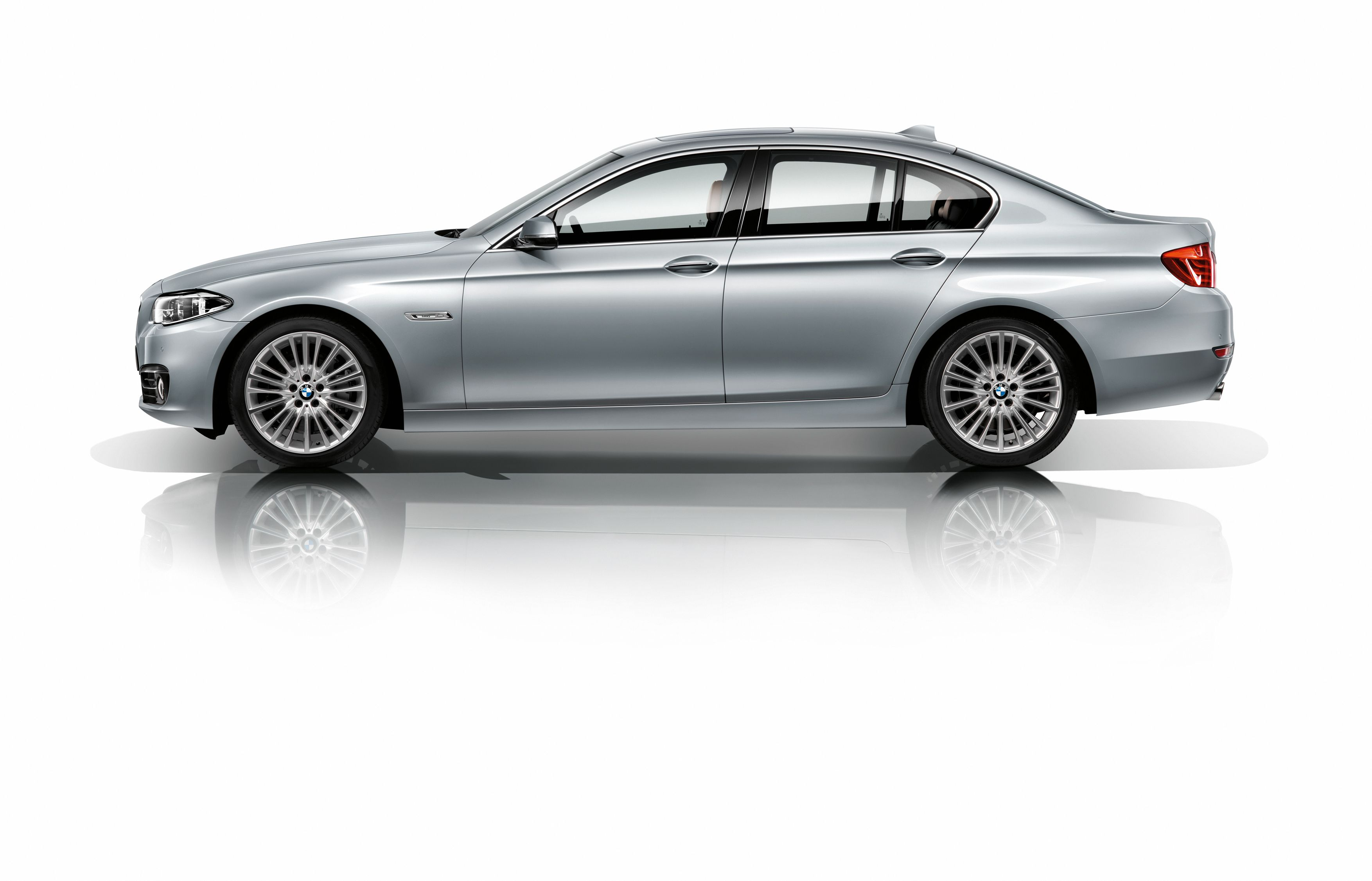 BMW F10 535i Sedan MPerformance xDrive SheerDrivingPleasure