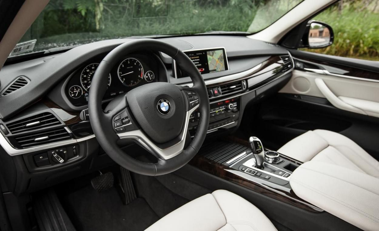 Large, luxurious suv with five or seven seats. Next Gen 2017 Bmw X5 Suv Bmw X5 Bmw 2017 Bmw