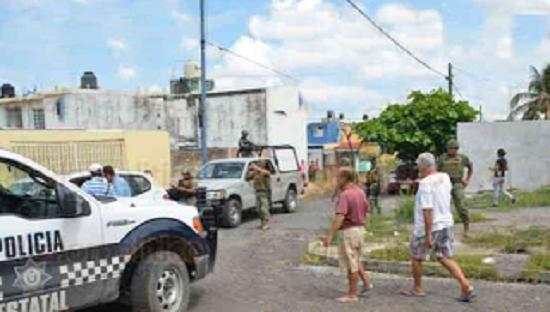 """En balacera comando """"levanta"""" a joven en Infonavit Río Medio 4 en Veracruz - http://www.esnoticiaveracruz.com/en-balacera-comando-levanta-a-joven-en-infonavit-rio-medio-4-en-veracruz/"""