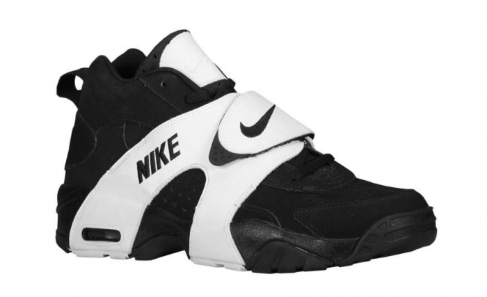 online retailer b8279 433c3 Nike Air Veer Black White. Had the white with blue strap back during  college.