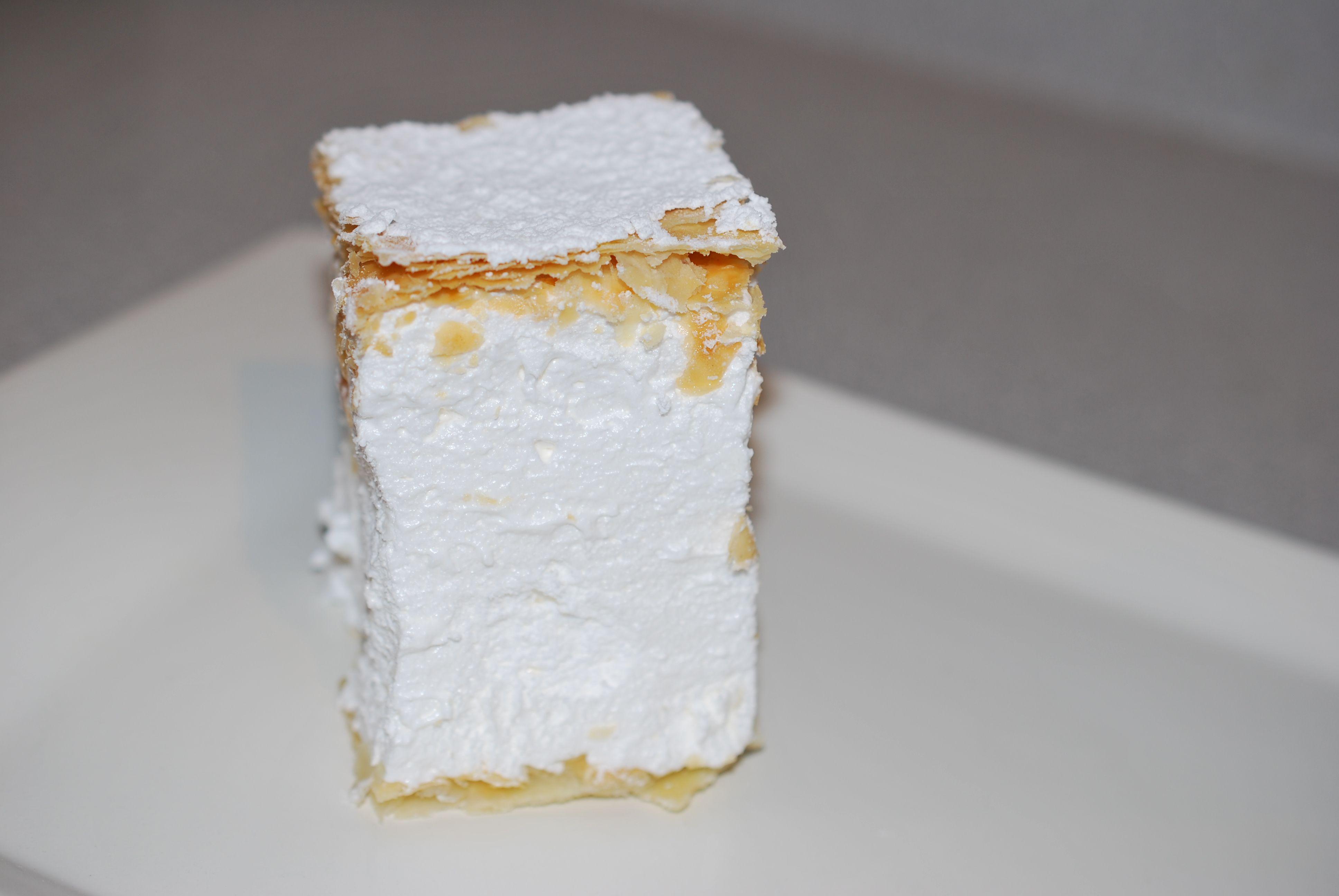 Shampita delicious meringue dessert