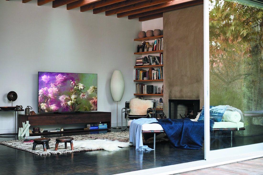 Samsung® Q9FN Series QLED Smart 4K UHD TV- The Q9FN's Boundless 360