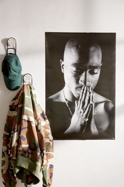 Tupac Praying Poster Tupac poster, Bedroom posters, Poster