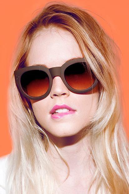 Undercover With Quay Sunglasses   AW 2017 Macro Trend - Artisanal    Pinterest   Lunettes, Lunettes de soleil et Profil facebook 76f8ca7bd67a