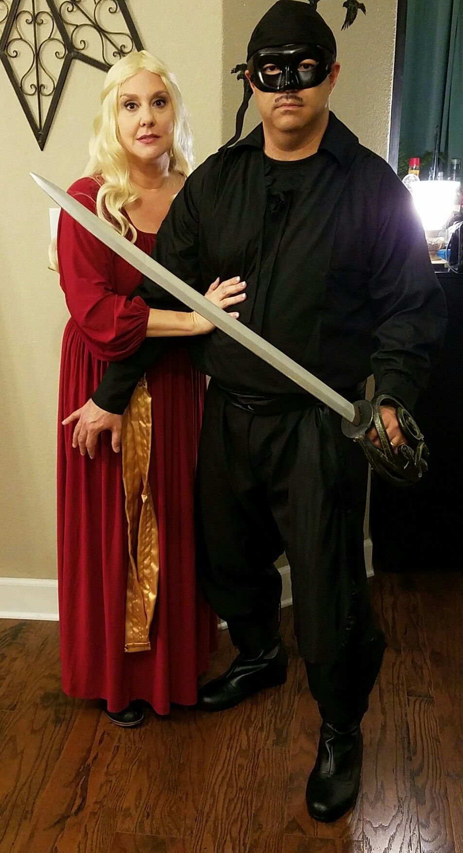 halloween couples costume marc donna the princess bride wesley buttercup jpg 953x1756 princess bride halloween