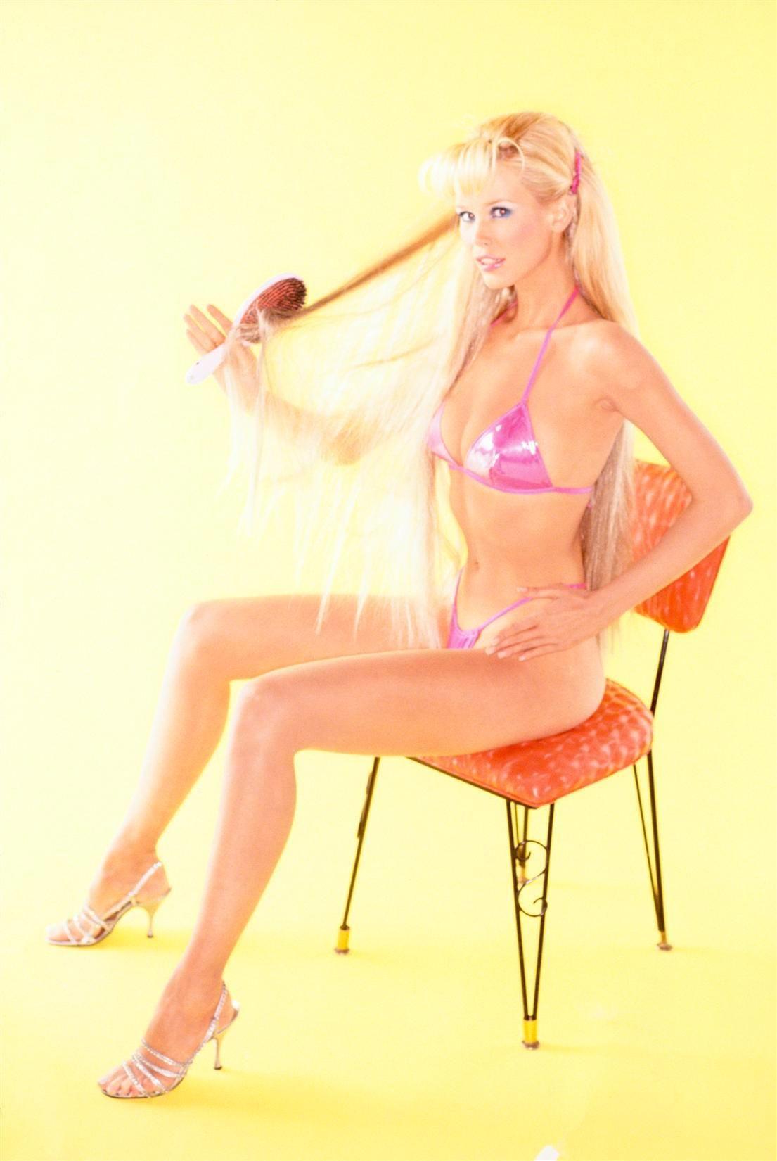 """Claudia Schiffer Sex Tape claudia schiffer """" claudia, the real barbie """"ellen von"""