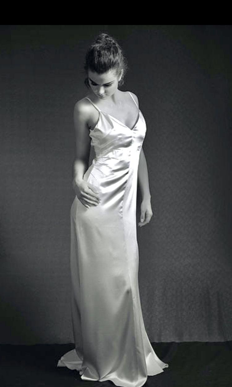 Wedding dress consignment shops near me   original price  US  La Poesie bridal cream colored