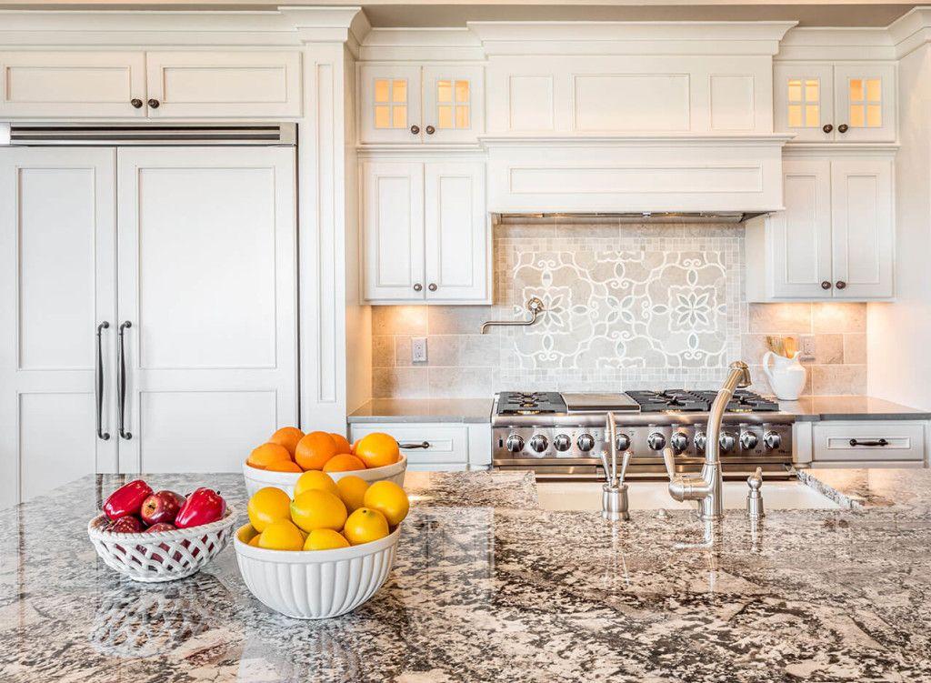 Best Bianco Antico Granite Kitchen Cabinets Makeover Kitchen 400 x 300