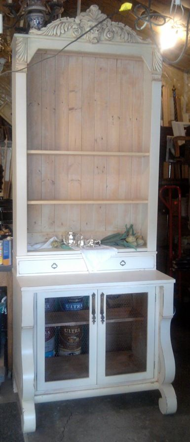 She Just Turned The Dresser Into A Bookcase She Gutted The Dresser And And Then Built Onto The Top To F Redo Furniture Repurposed Furniture Recycled Furniture
