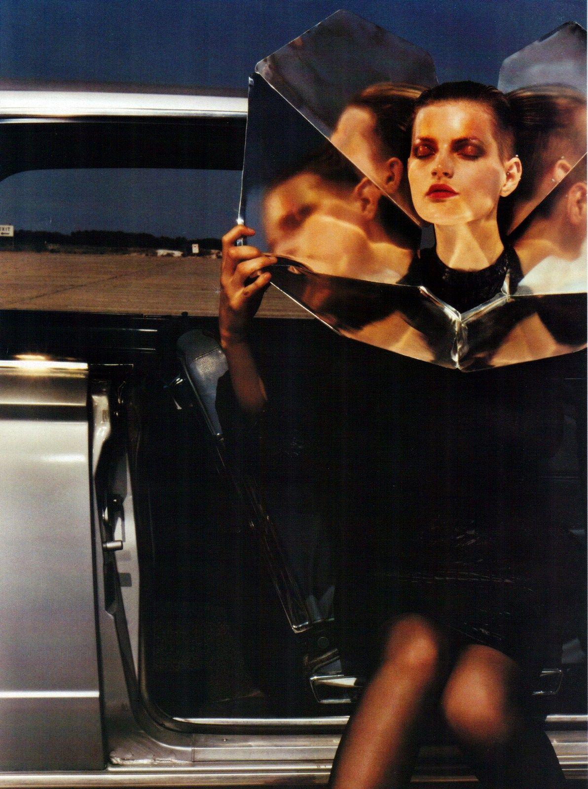 Vogue Italia  When: October 1999  Foto: Mario Sorrenti
