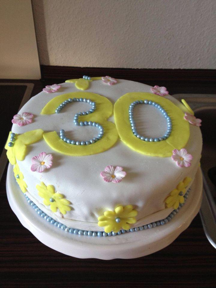 Torte Zum 30 Geburtstag Madeleines Tortenfarm Birthday Cake