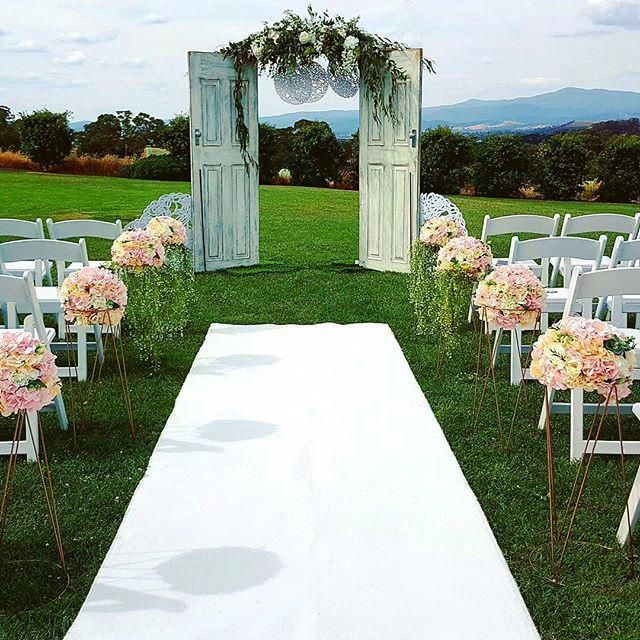 Wedding Ceremony And Reception Melbourne: Wedding Arch Hire In Melbourne And Victoria Wide. A Huge