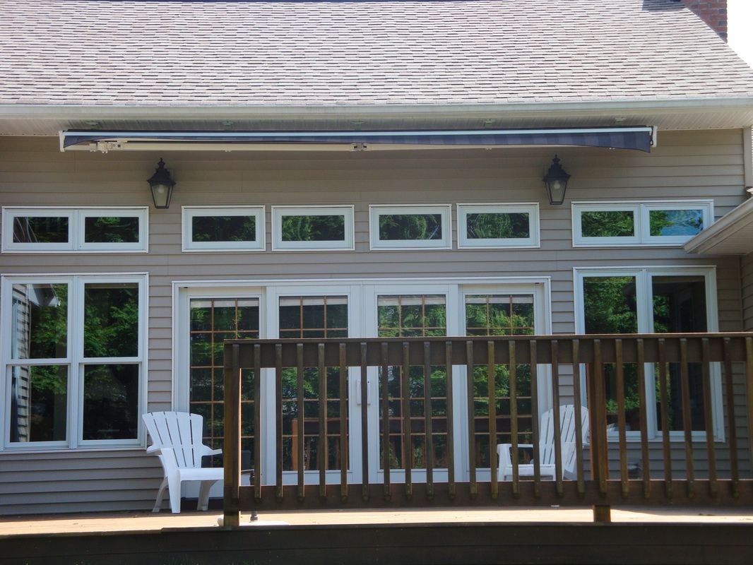 Superbe Soffit Mounted Retractable Awning   Google Search Not Too Visible Without  Valance...same