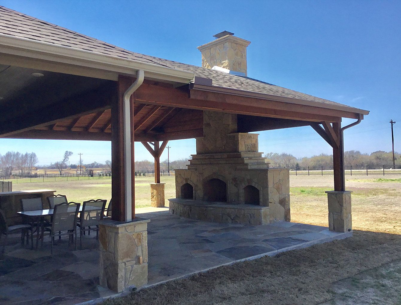 Get Excellent Pointers On Outdoor Kitchen Designs Layout Patio