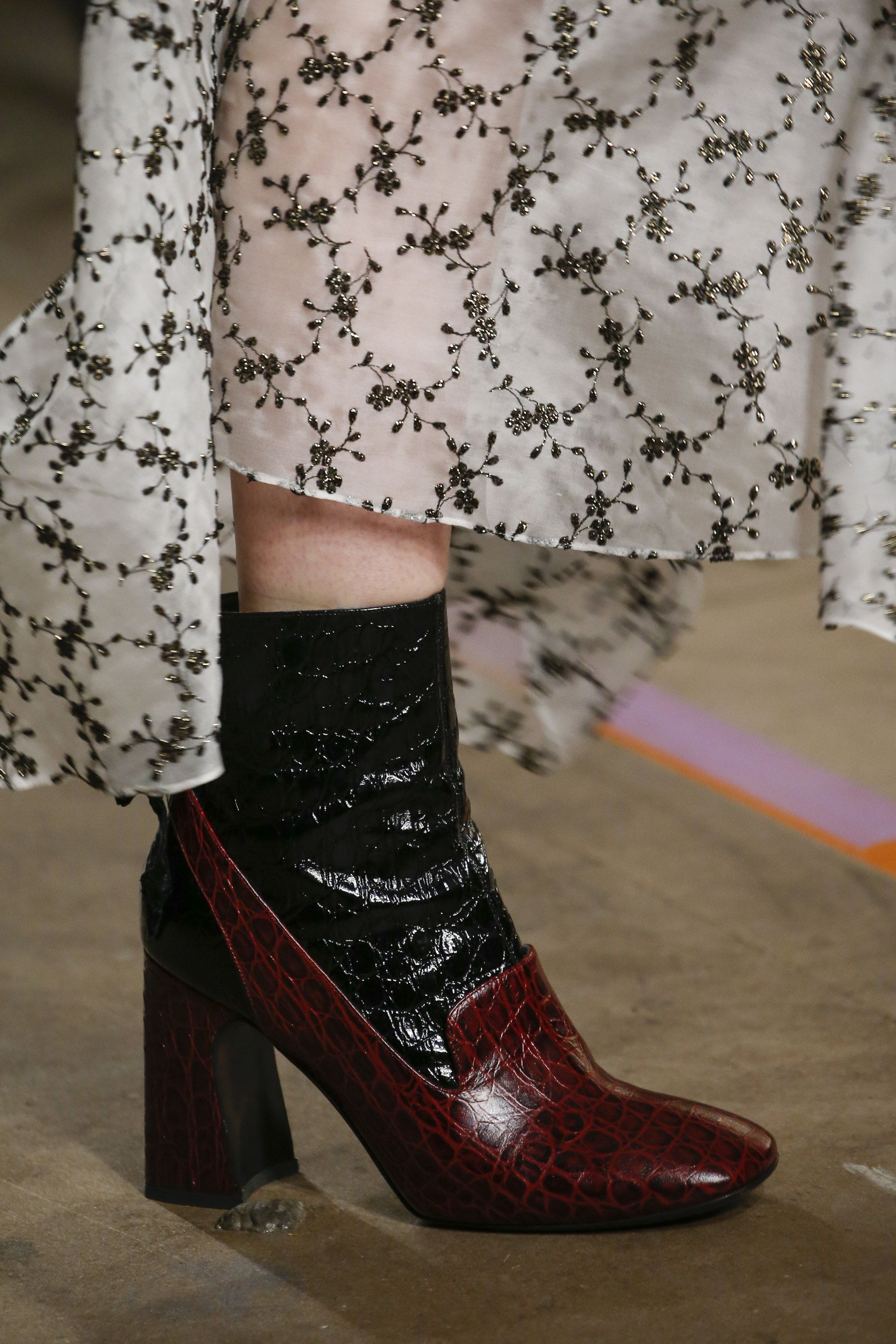 Erdem Fall 2016 Ready-to-Wear Fashion Show Details