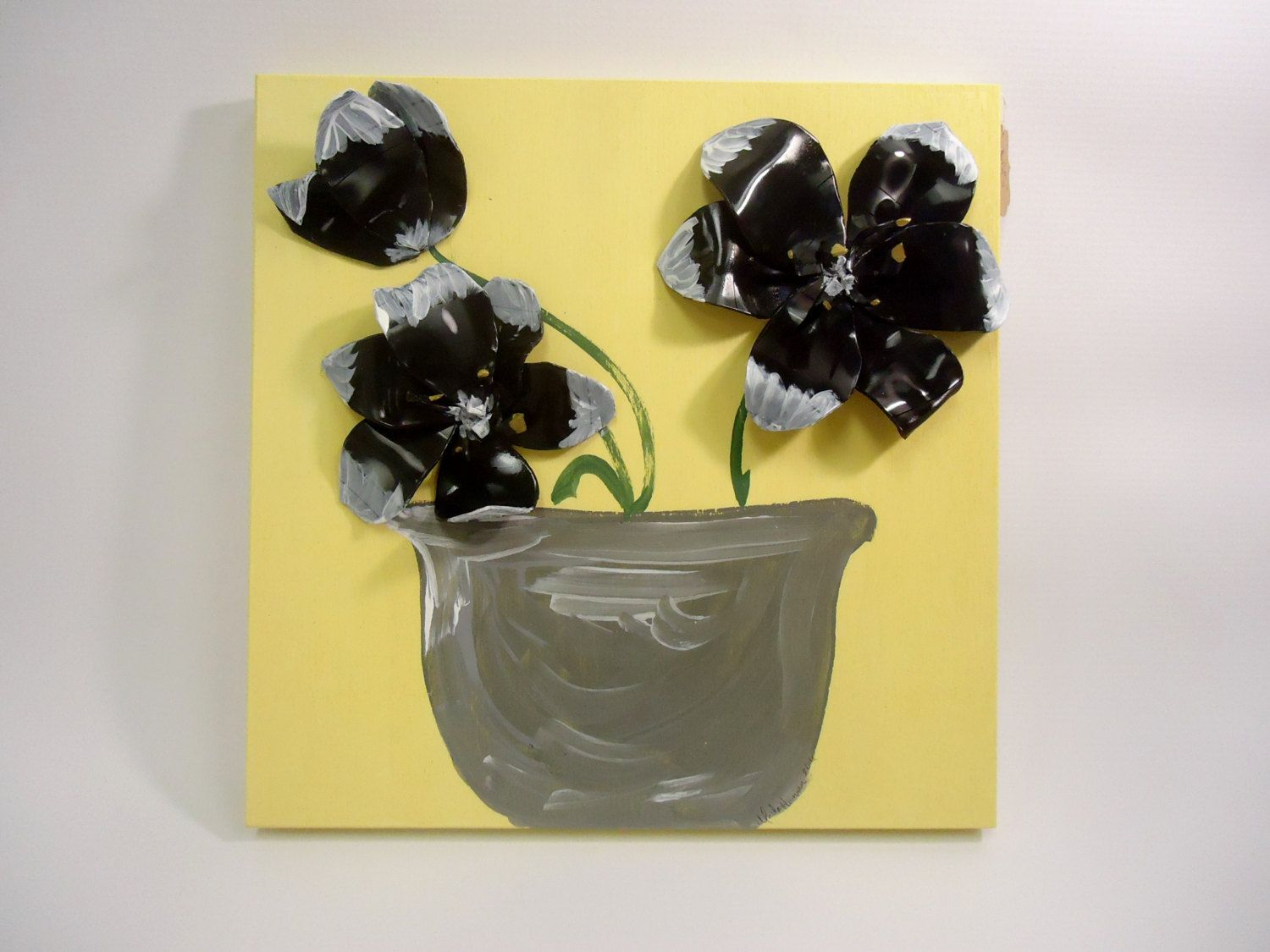 Flower Wall Art - Vinyl Records Upcycled - Lily Flowers Painting ...