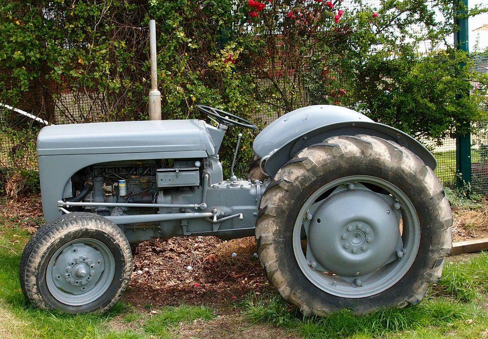 Vintage 1949 Ferguson Te20 Petrol Tractor Tractors Vintage Tractors Antique Tractors