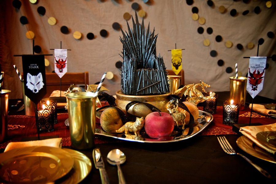 The Iron Throne Table | Game of Thrones Party | vixventure.com