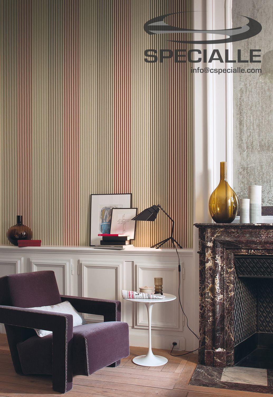 papel #tapiz con diseño rayado, colocado en vertical, en tonos
