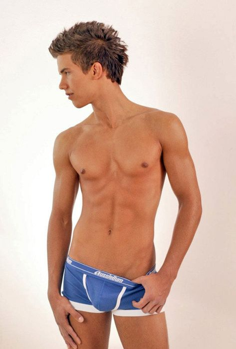 Big Dotados March - boys na web 2815329 - GAY & ROMEO - BoysnaWeb - My Gaysex Planet -take a look: gay-dating-romeo.com, gay-and-romeo.com s...