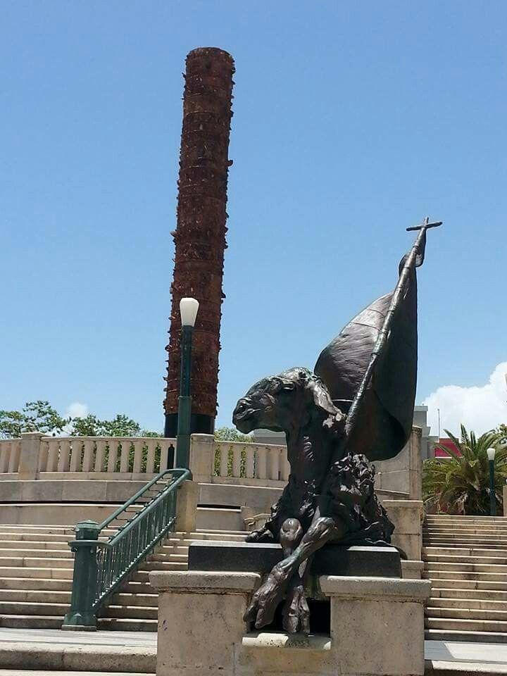 Satatue Of Liberty With Puartarican Flag Tattoo: Plaza Del Totem, Old San Juan, Puerto Rico