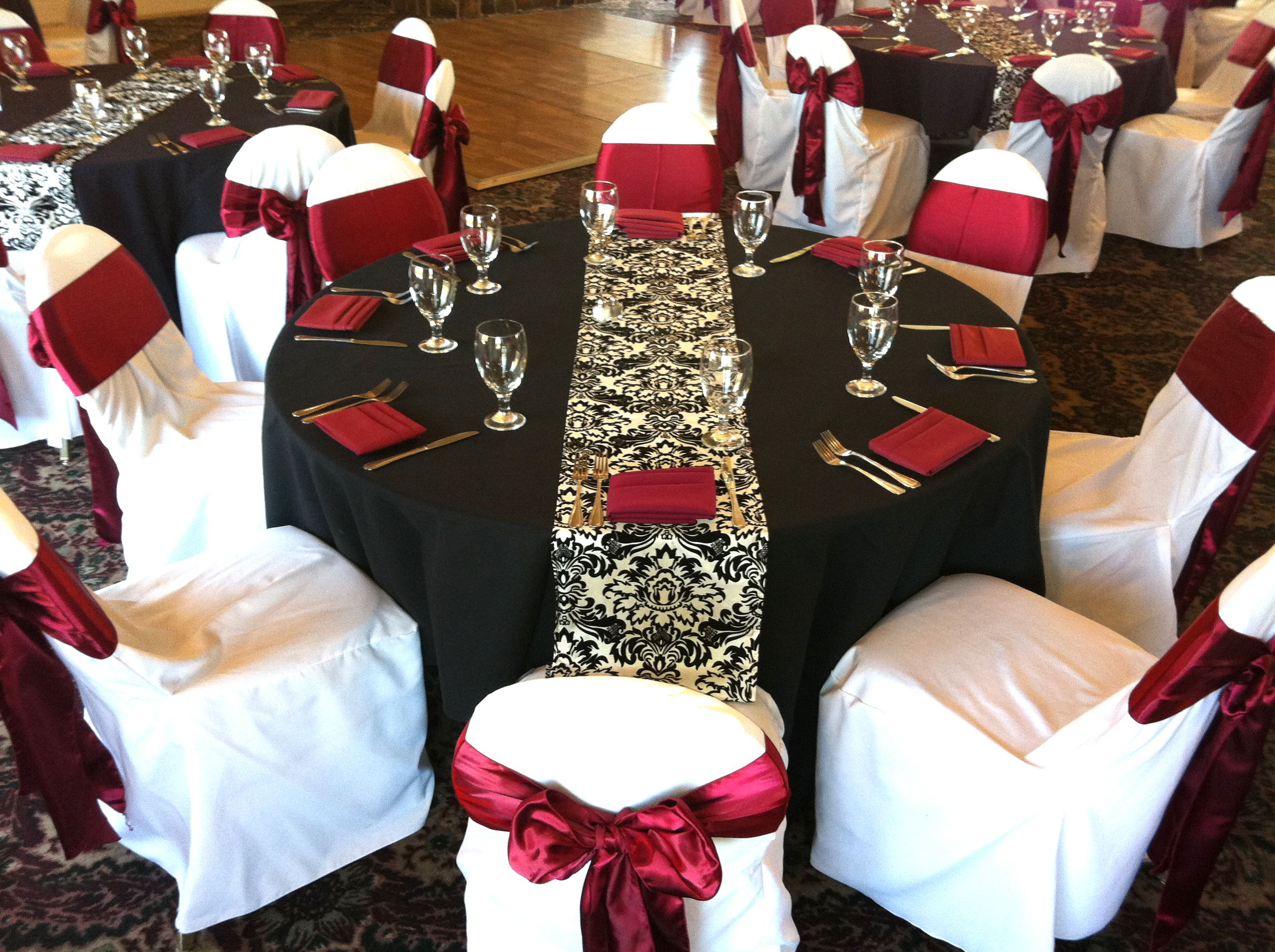 Wedding Themes In Black And Dark Red Black Table Cloths With