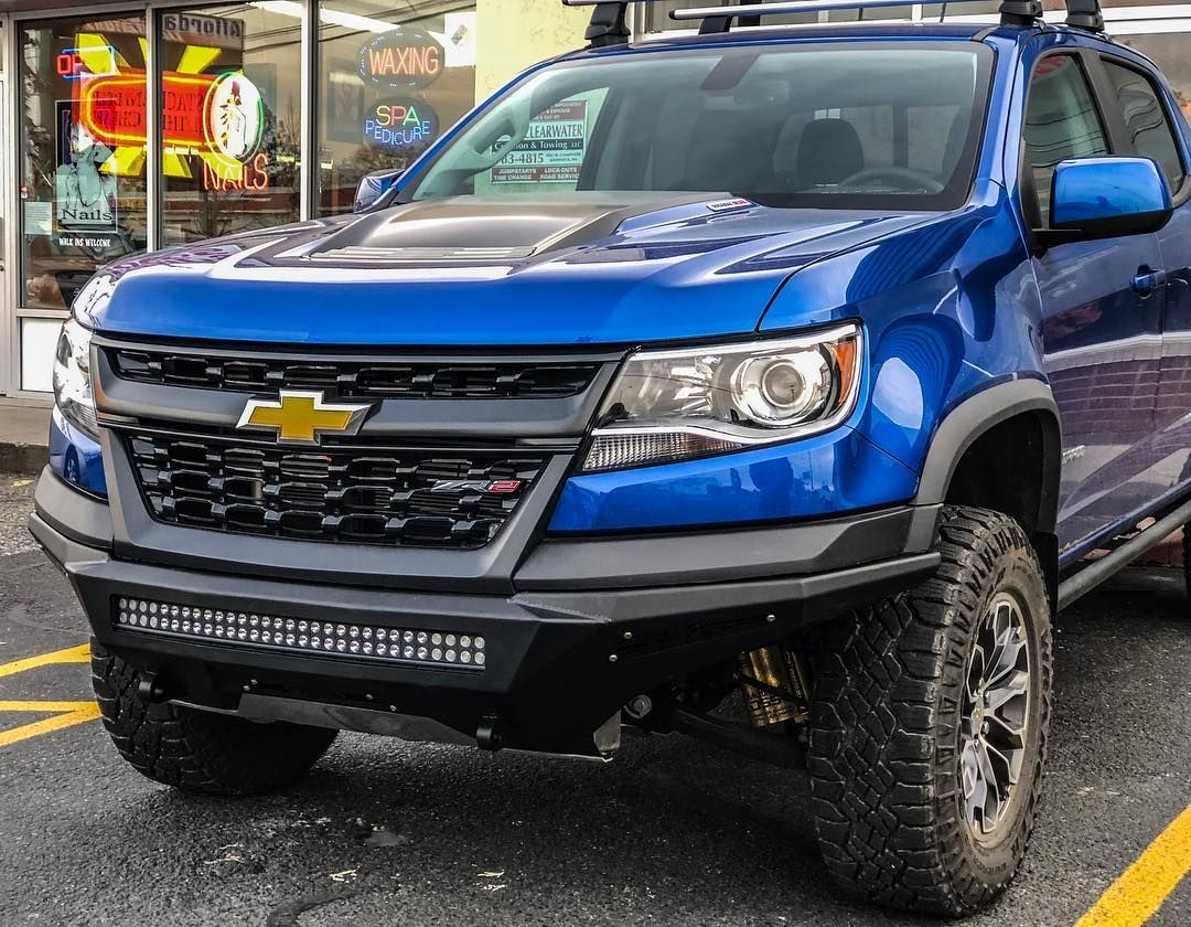 This 2018 Zr2 Colorado Got A Face Lift Today With Our Stealth Fighter Front Bumper Black Diamond 4x4 Chevy Colorado Chevrolet Colorado Chevy Colorado Lifted