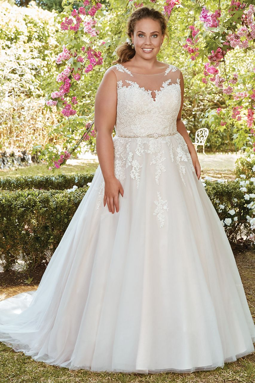 0e3f02b524b Wedding gown by Rebecca Ingram.