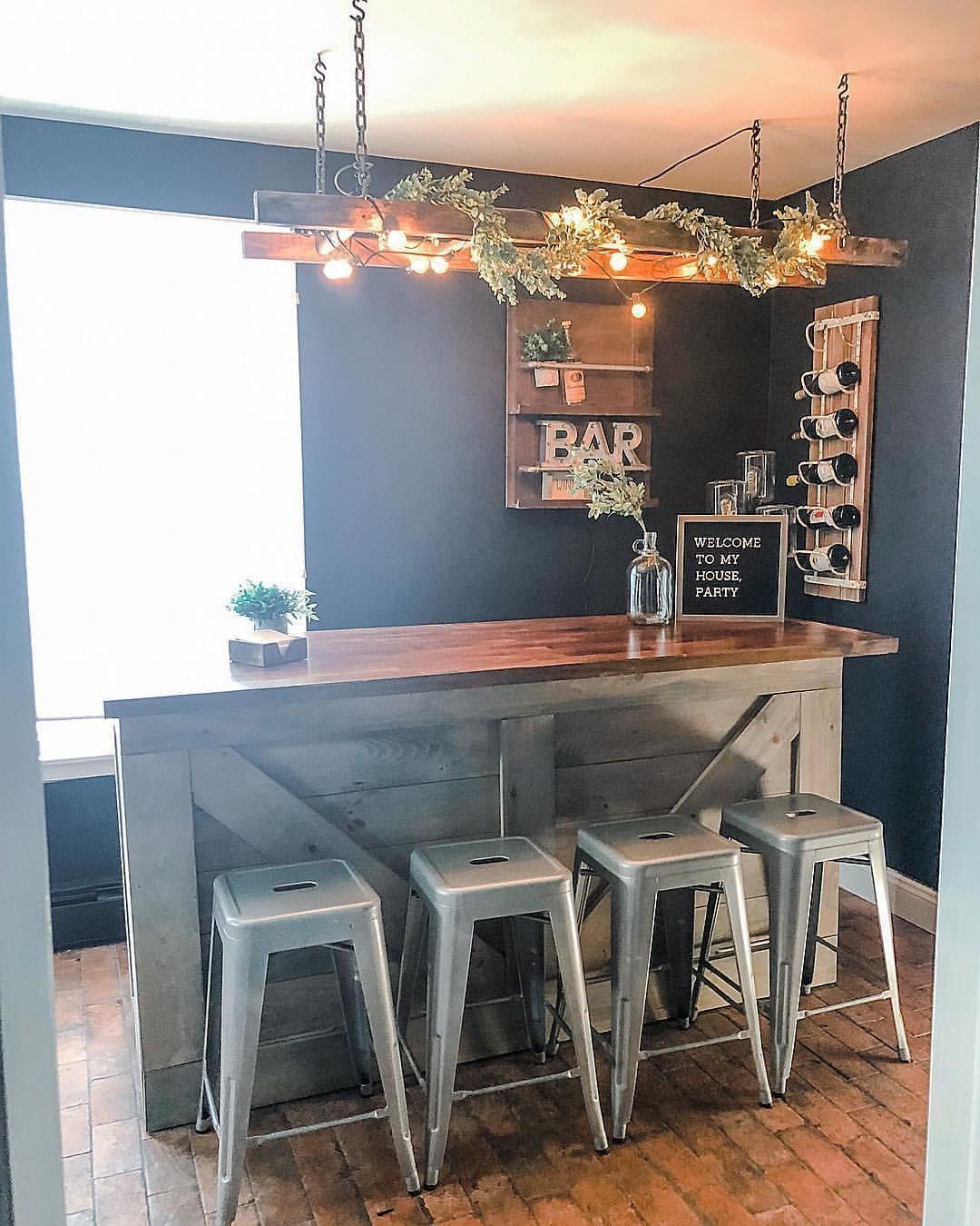 Rustic Finished Basement Ideas: Rustic Farmhouse Man Cave Bar