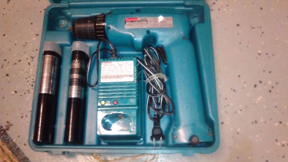 Makita 6095d 96v Cordless Drill Driver 2 Batteriescharger