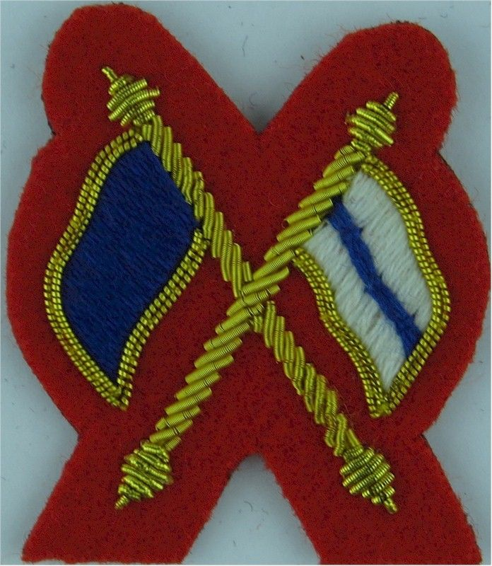 Crossed Flags (Signaller) - Mess Kit Small - On Scarlet