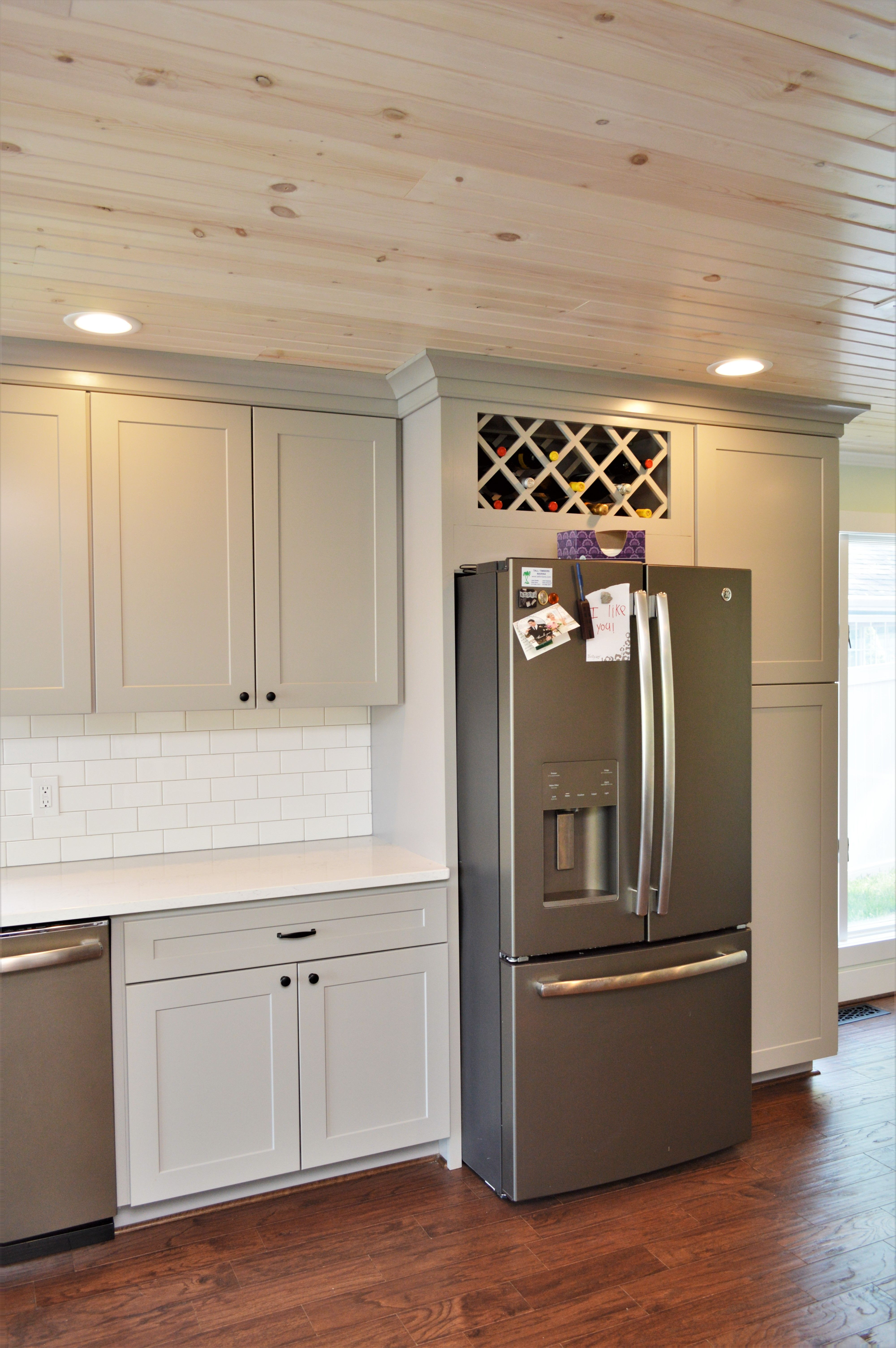 Baileytown Select Maple Limestone Finish Jamestown Door Style With Images Maple Cabinets Cabinetry Kitchen Appliances