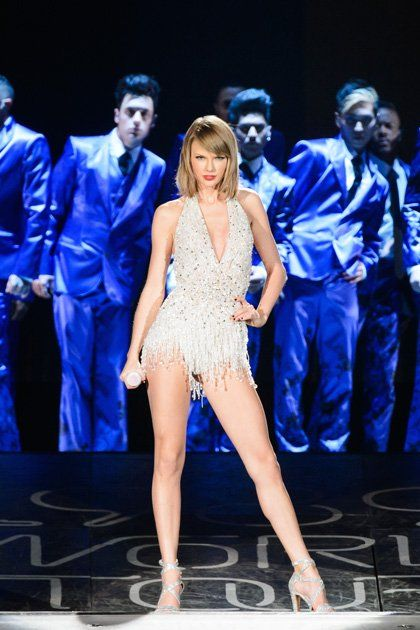 89ab21c1 All of Taylor Swift's Best 1989 Tour Outfits So Far in 2019 | Taylor ...