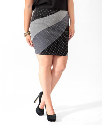 #Forever21                #Skirt                    #Rhinestoned #Colorblocked #Skirt                   Rhinestoned Colorblocked Skirt                                                http://www.seapai.com/product.aspx?PID=112546