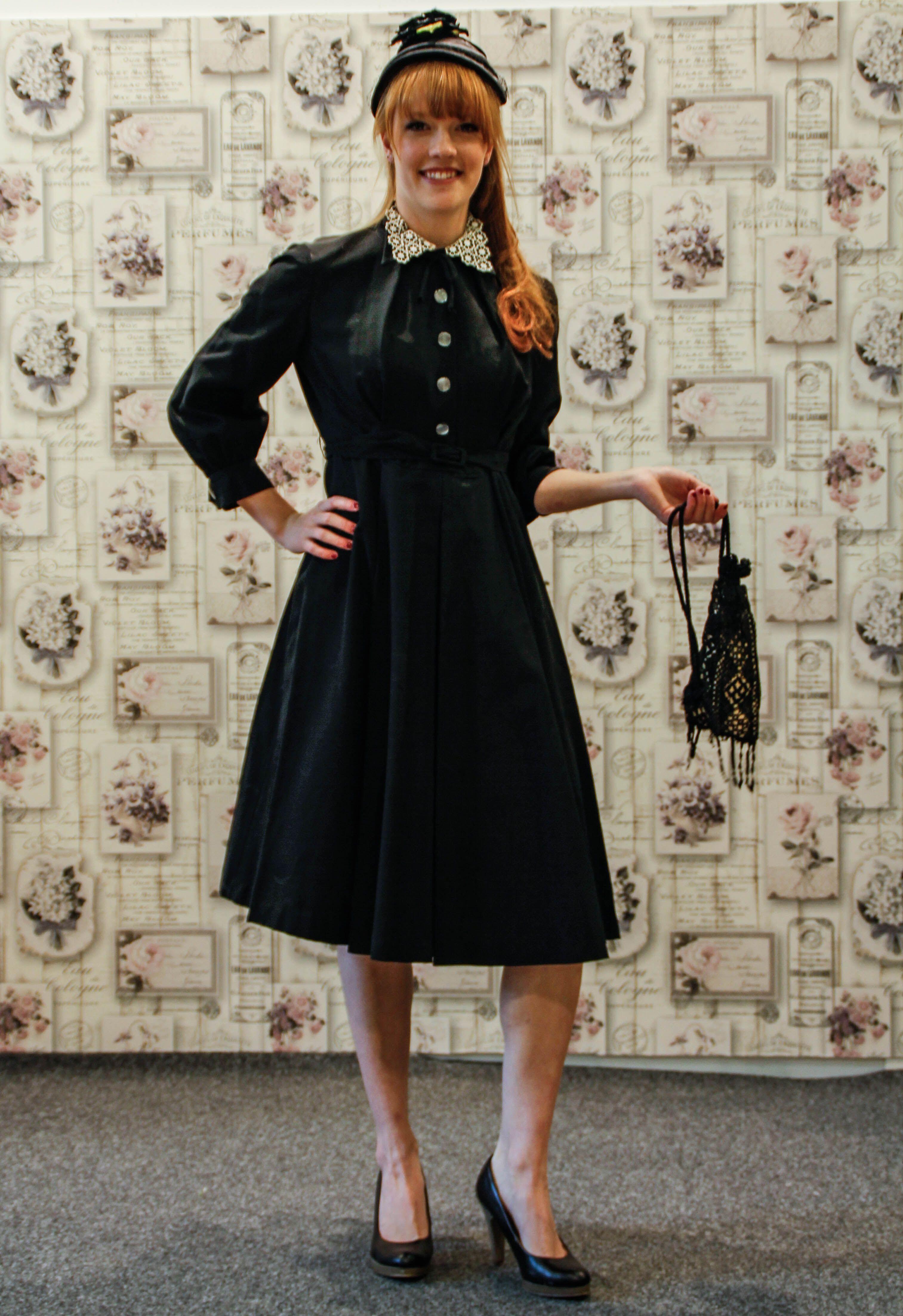 0ca0df678c0017 True Vintage 40er Jahre Kleid schwarz | Vintage Mode | Vintage ...