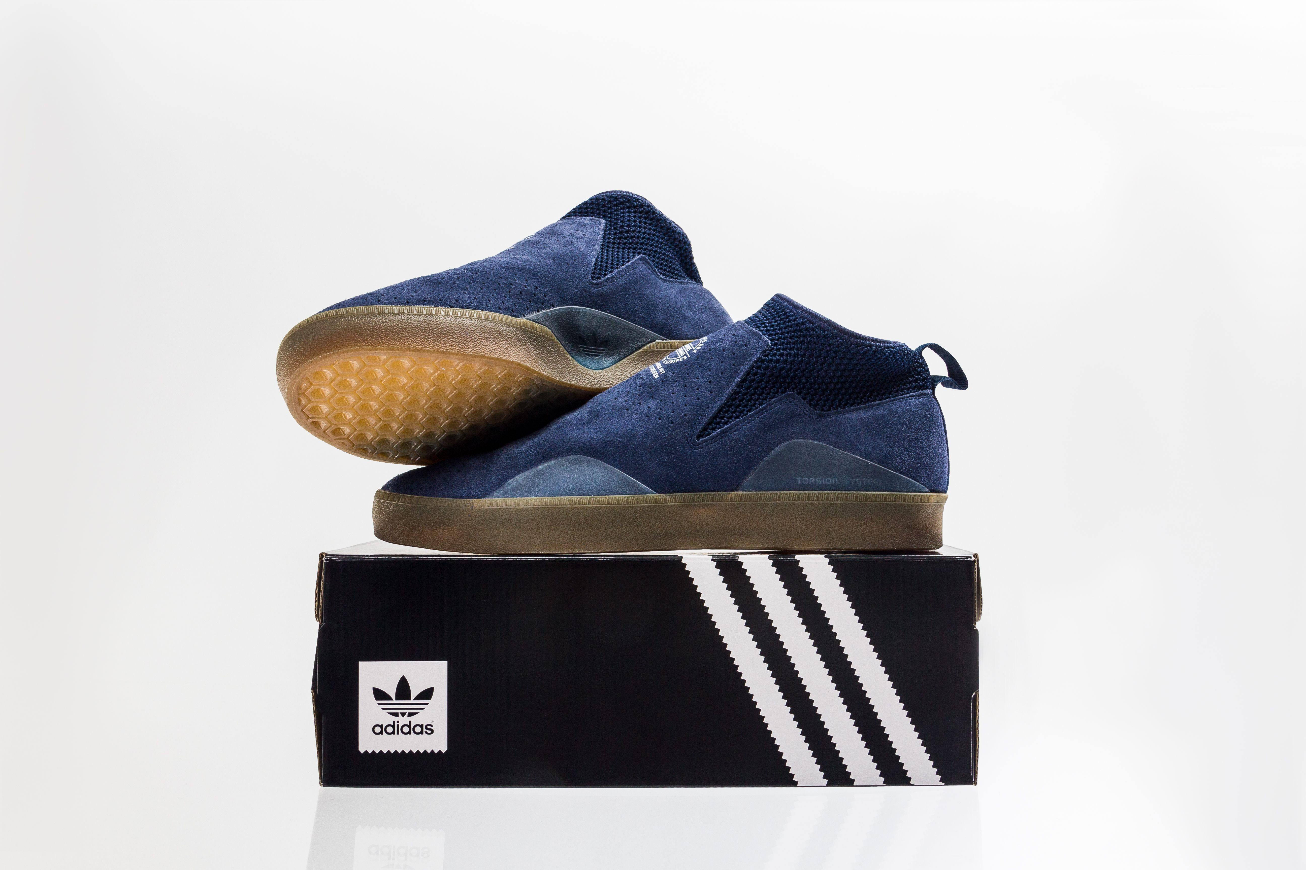 get cheap 48d47 c3a63 Adidas 3st.002 collegiate navy gum white shoe.